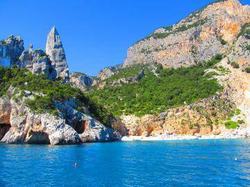 La bellezza della Sardegna: perché scegliere come meta per le Vacanze di Natale